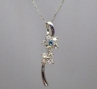 【SOLD OUT】アイスブルー ダイヤモンドの画像